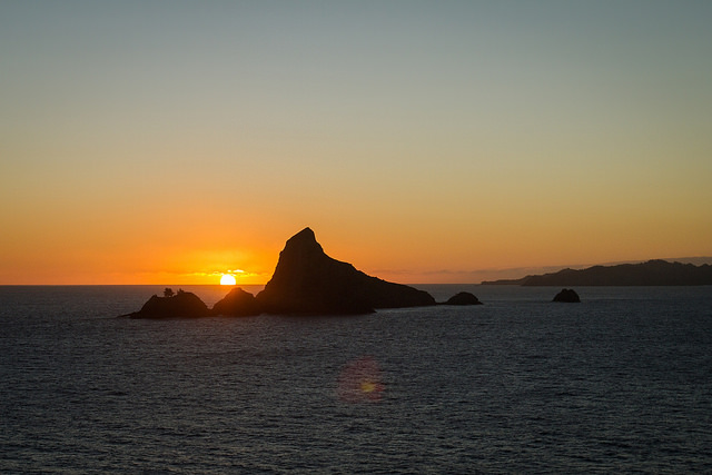 This shot of the sunset over Makaroa Island was taken_20073324621_m