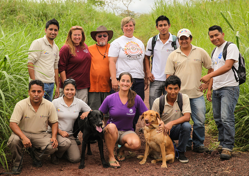 Dogs for Conservation and Galapagos Biosecurity handlers and trainers together_16884249881_l