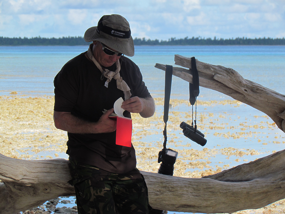 island-conservation-Pete-Carr-surveying-Ile-Vache-Marine April 2017 9c) CCT