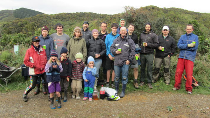 island-conservation-preventing-extinctions-invasive-species-New-Zealand-community-conservation-volunteers