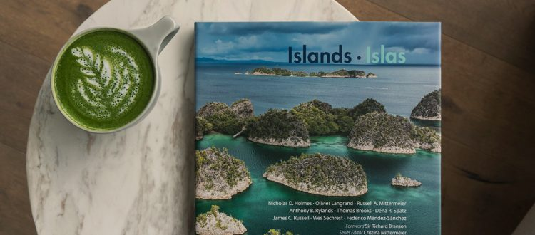 island-conservation-invasive-species-preventing-extinctions-CEMEX-island-book