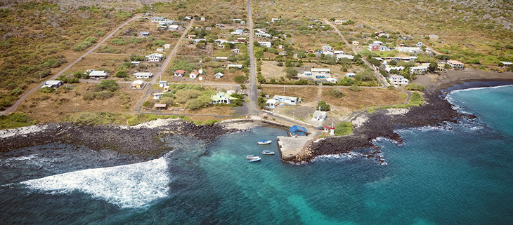 island-conservation-preventing-extinctions-floreana-community-involvement-feat